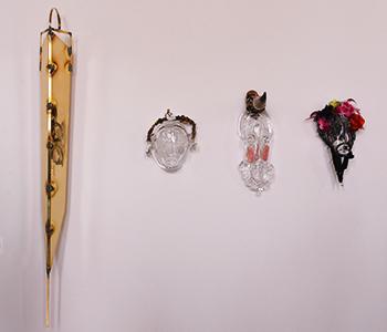 Mask, symbole Africain et européen de Pascale Marthine Tayou hommage aux Masques de Jacno.