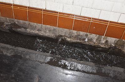 Dans le métro, l'eau gagne du terrain