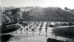 718 terrain montmartre