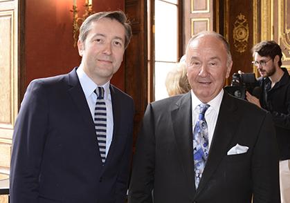 Une série née d'une rencontre entre Philippe Chauveau responsable éditorial de Web Tv Culture et Gérard Lhéritier président fondateur d'Aristophil et du Musée des Lettres et Manuscrits.