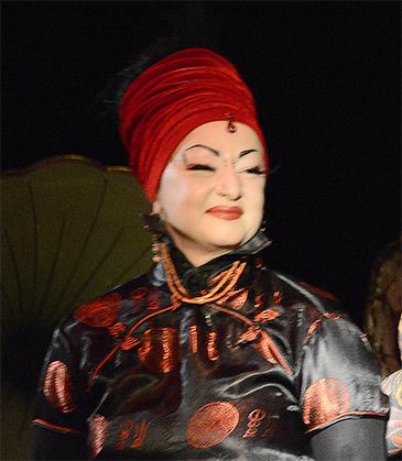 Anne, rédactrice en chef de la revue Hey! Alias Rosita Warlock.