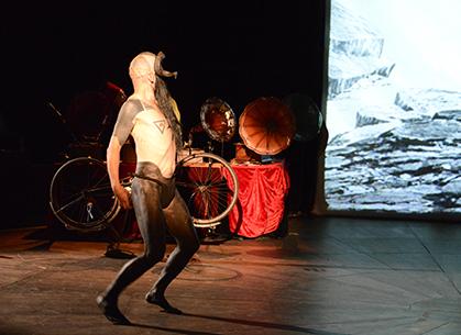 Performance de Yannick Unfricht.