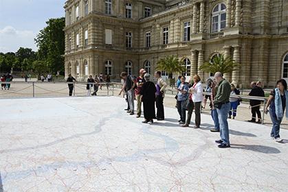 Cette carte  Michelin  fait partie de l'exposition préparée par l'association  Arts, Découvertes & Citoyenneté (Paris 5e)