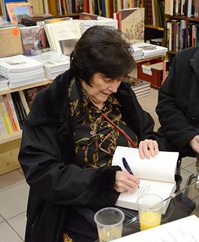 Séance dédicace pour Hélène Walter, à la librairie Picard et Epona.