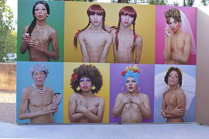 Luis Arturo Aguirre a dévêtu les travestis...