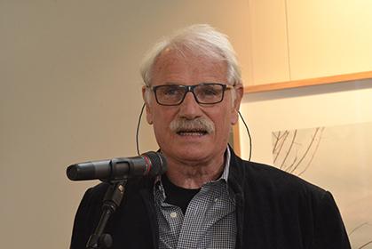 Yann Arthus-Bertrand a décrit les projets des trois finalistes avant de proclamer le nom du Lauréat 2015.