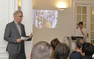 L'attaché culturel Bart Hofstede a présenté l'Atelier Néerlandais.