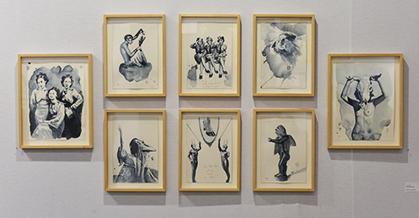 le gris de Payne utilisé par Giulia Andreani donne à ses créations une luminosité très caractéristique. (galerie Maïa Muller, Paris)