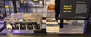 L'enregistreur Nagra I (1951) était à lampes miniatures. le Nagra III (1958) est entièrement transistorisé.