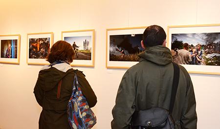 L'Exposition regroupe les lauréats de 2015 et 2016.