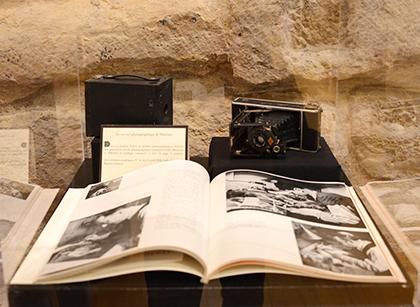 Chaque numéro compte une trentaine de photos en 1928 puis une quarantaine dès 1931. Les reporters utilisent le Leica 24x36 ou le Rolleiflex 6X6.